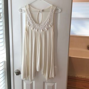 Flowy tank top with beading